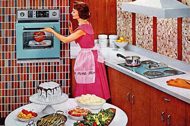 vintage-donna-in-cucina