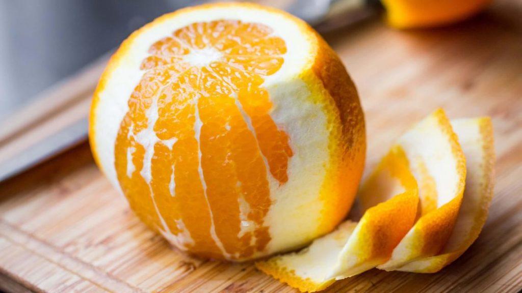 arance buccia non edibile